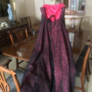 Betsy Johnson formal dress size 10